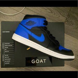 Jordan 1 Mid Royal Blue